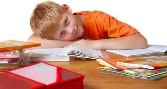 Как реагировать на плохие оценки школьника