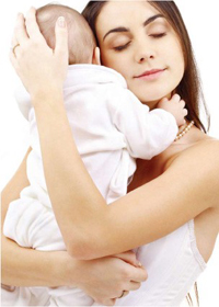 Кормление новорожденных грудным молоком