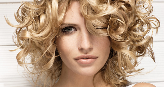 Завивка волос в домашних условиях