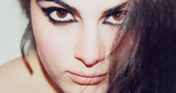 Макияж «Кошачий глаз»