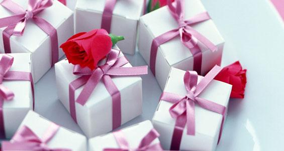 Оригинальные свадебные поздравления и подарки