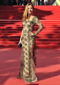 Елена Захарова на красной дорожке Московского Международного Кинофестиваля 2013