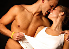 Как удержать мужчину сексом