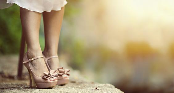 Как научиться правильно ходить на каблуках